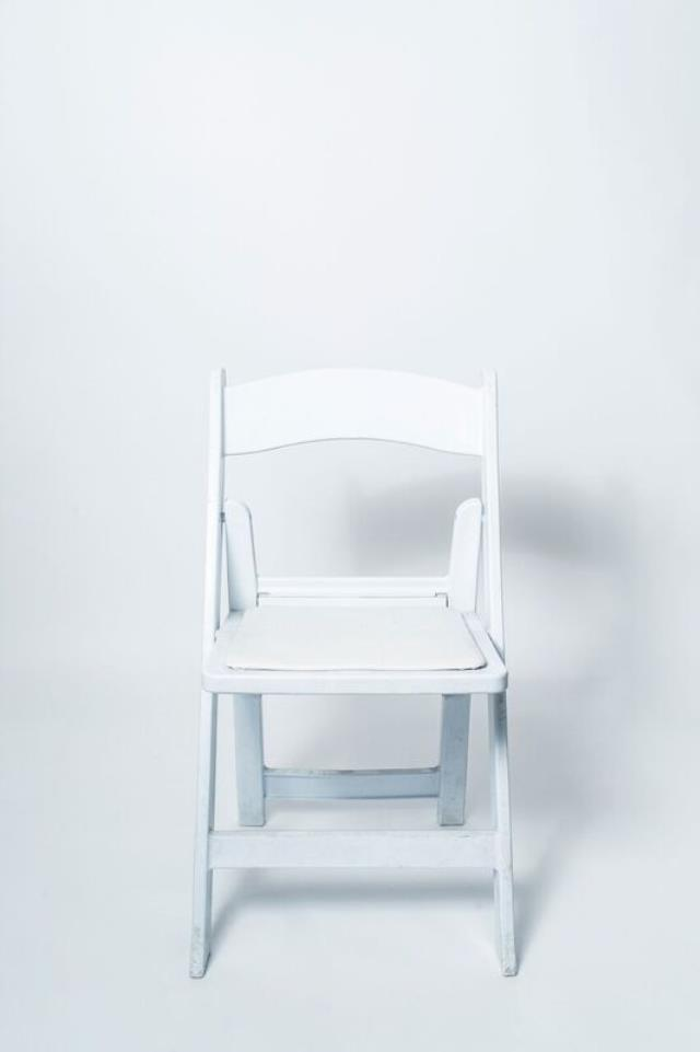Where to find CHAIR GARDEN WHITE in Grapevine